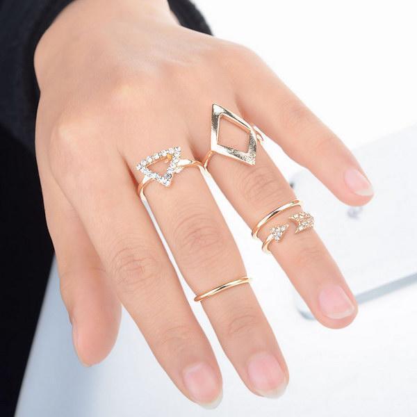 New Fashion Women 5 PCs Jewelry Rhinestone Ring Set Gift ...